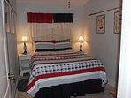 Queen size bed pillow top very comfortable