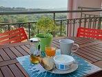 Al fresco breakfast area