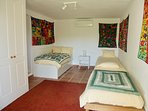 Room 4 - 4 beds 90x200cm and ensuite bathroom