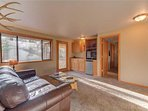 Sunriver-Vacation-Rental---30-Vine-Maple---Family-Room-2