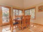 Sunriver-Vacation-Rental---30-Vine-Maple---Back-Dining