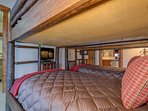 Up to four people can sleep in the bunk room.