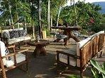 Luminosa terraza, disfruta de un maravilloso amanecer, tomando un cafesito,