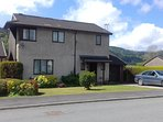 Three Bedroom Detached Executive House Superb Views, Sleeps 7 and Baby in Cot Short Walk into Town,
