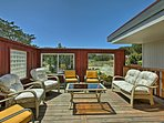 Lounge with your loved ones on the deck.