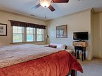 Lg Master Suite has day bed for small child or a reading nook. Cable TV, free WiFi w strong signal.