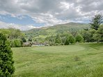 Year round Mountain Views with pool and putting green views, Grounds, roads well maintained by MVC