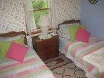 Town Harbor Lane Beach Cottage Rental -Large 2nd bedroom