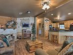 NEW! Event-Friendly House w/Deck on Toledo Bend!