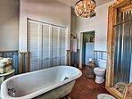 Rinse off in the full bathroom before dinnertime!
