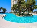 There are refreshing pools and whirlpool spas at Long Beach 1206