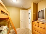 Bunk Room features TV with DVD and Ultra-Comfortable Bedding!