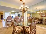 Gorgeous Dining Area with Seating for 4