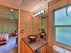 Notice the detail in the master en-suite bathroom.