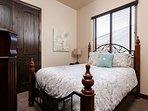 Bedroom 3 with 1 Queen