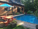 LOG HOUSE WITH PRIVATE HEATED POOL, SAUNA, OUTDOOR HOT TUB, FIREPLACE & FIREPIT