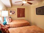 Guest Bedroom w 2 Queen Beds