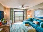 Living Room  w Balcony Access
