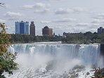 15 minutes to Niagara Falls.
