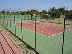 We have 4 tennis courts and 2 padel courts that are free for our guests to use.