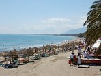 The main beach in Marbella has numerous chiringuitos and numerous bar restaurants on its promenade.