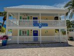 LuLu's Key house is located in the heart of Siesta Key in the village and about a 6 minute walk to the beach.