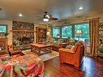 2 bedrooms and 2.5 bathrooms await you at the vacation rental cabin.