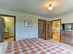 The master bedroom boasts an en-suite bathroom.