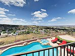 Hillside 4BR w/ Pool & Spa - 15 Minutes to Oceanside Beach and Pier