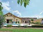 3 bedroom Villa in Saint-Pierre-d'Eyraud, Nouvelle-Aquitaine, France : ref 55653