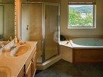 Branson Yacht Club Bathroom