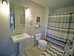 First floor Queen bedroom bathroom