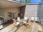 Sunriver-Vacation-Rental---12-Diamond-Peak---Back-Deck-1