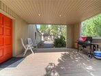 Sunriver-Vacation-Rental---8-Yankee-Mountain---Covered-Front-Porch