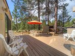Sunriver-Vacation-Rental---8-Yankee-Mountain---Back-Deck-2