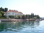 House directly on the beach, Sleeps 20, within distance drive to Plitvice Lakes National Park.