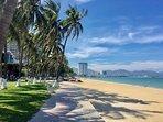 5 min walk beach