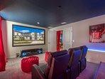 Movie Theater (Wi-fi Blu Ray) - 8 reclining seats + 2 Bean Bag Chair