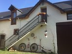 Spacious 4BR 1.5 bath 2nd floor apartment situated near the Pyrenees Mountains