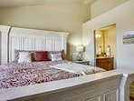 Master Bedroom and private Bathroom entrance