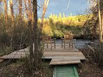 Private wooden Pier located on the property, to enjoy true rocky mountain relaxation.