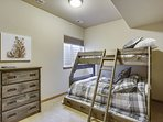 Bunk bed room, consists of a full mattress on bottom and a standard twin on top. Full size trundle bed below. Great for...
