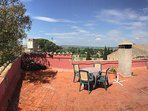 Roof terrace (lovely views of the Emporda)