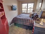 Guest bedroom great for kiddos.