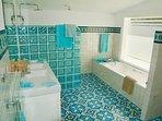 Ensuite bathroom of room 1 - bath, shower, WC