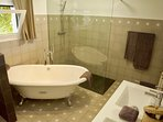 Ensuite bathroom of room 5 - bath, shower, WC
