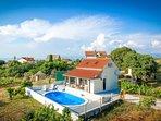 2 bedroom Villa in Mirca, Splitsko-Dalmatinska Županija, Croatia : ref 5486103