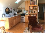 Well appointed kitchen.  Enjoy quality cookware and knives when preparing meals.