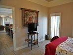 Master bedroom 2, TV
