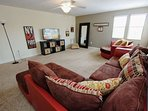 Comfortable Upstairs Loft Living Area w/48' Flat Screen TV & Wii Game Console